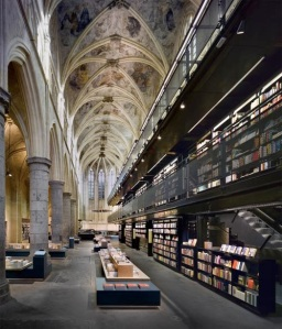 _wp-content_uploads_2009_07_bookstore-selexyz-dominicanen-by-merkxgirod-architects-in-netherlands